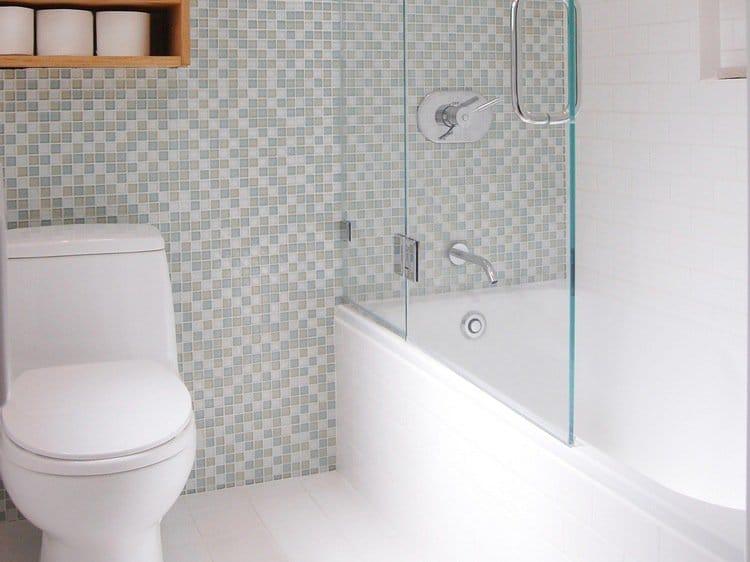 Comment r ussir bien am nager une petite salle de bain blog decoration maison - Small bathroom design ideas for maximum utilization of small space ...