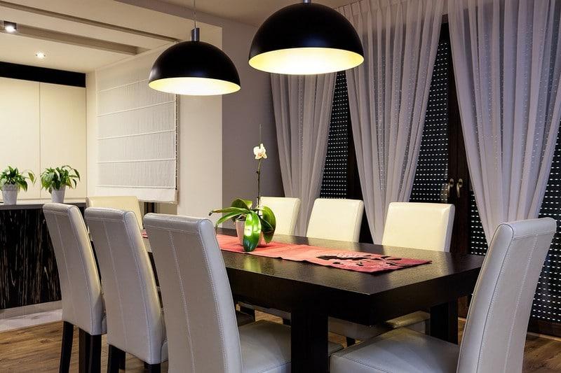 Des luminaires ad quats pour faire de votre salle manger un lieu de d tente par excellence - Salle een diner contemporaine ...