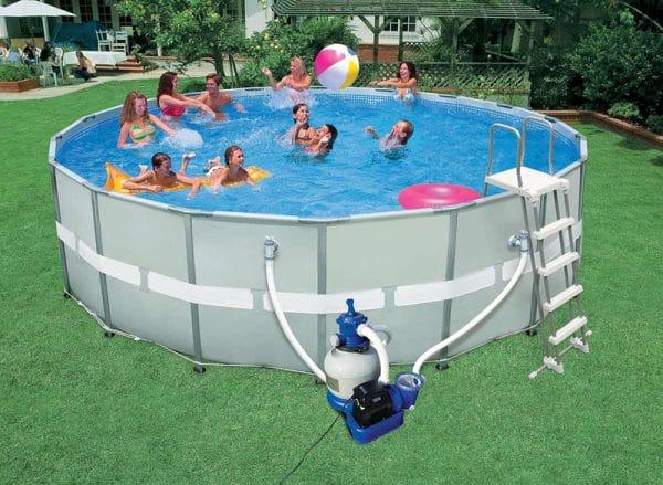 piscine autoportée familiale