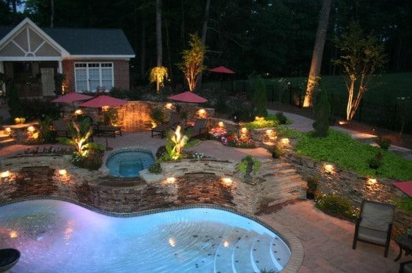 eclairer un jardin comment faire. Black Bedroom Furniture Sets. Home Design Ideas