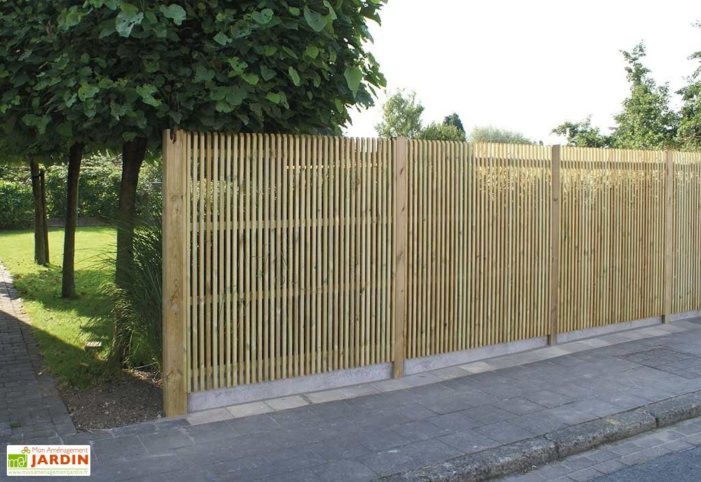 panneau-bois-pin-traite-autoclave-180x180cm-ajoure-4