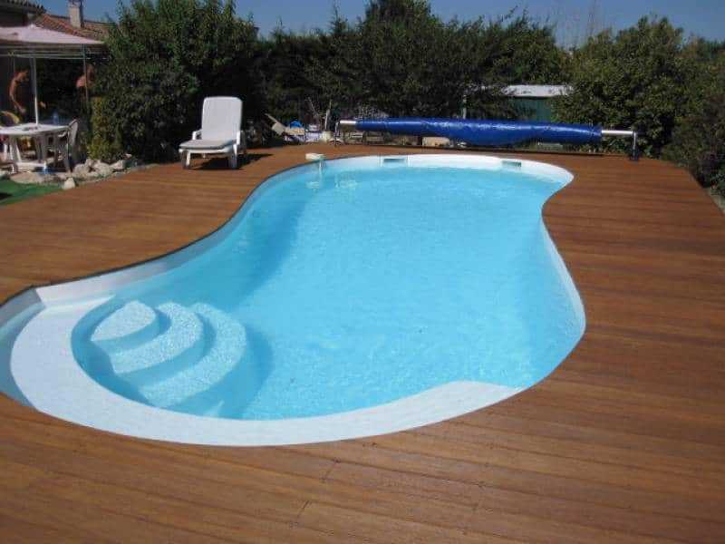 Quelle forme choisir pour sa piscine blog decoration for Piscine forme libre
