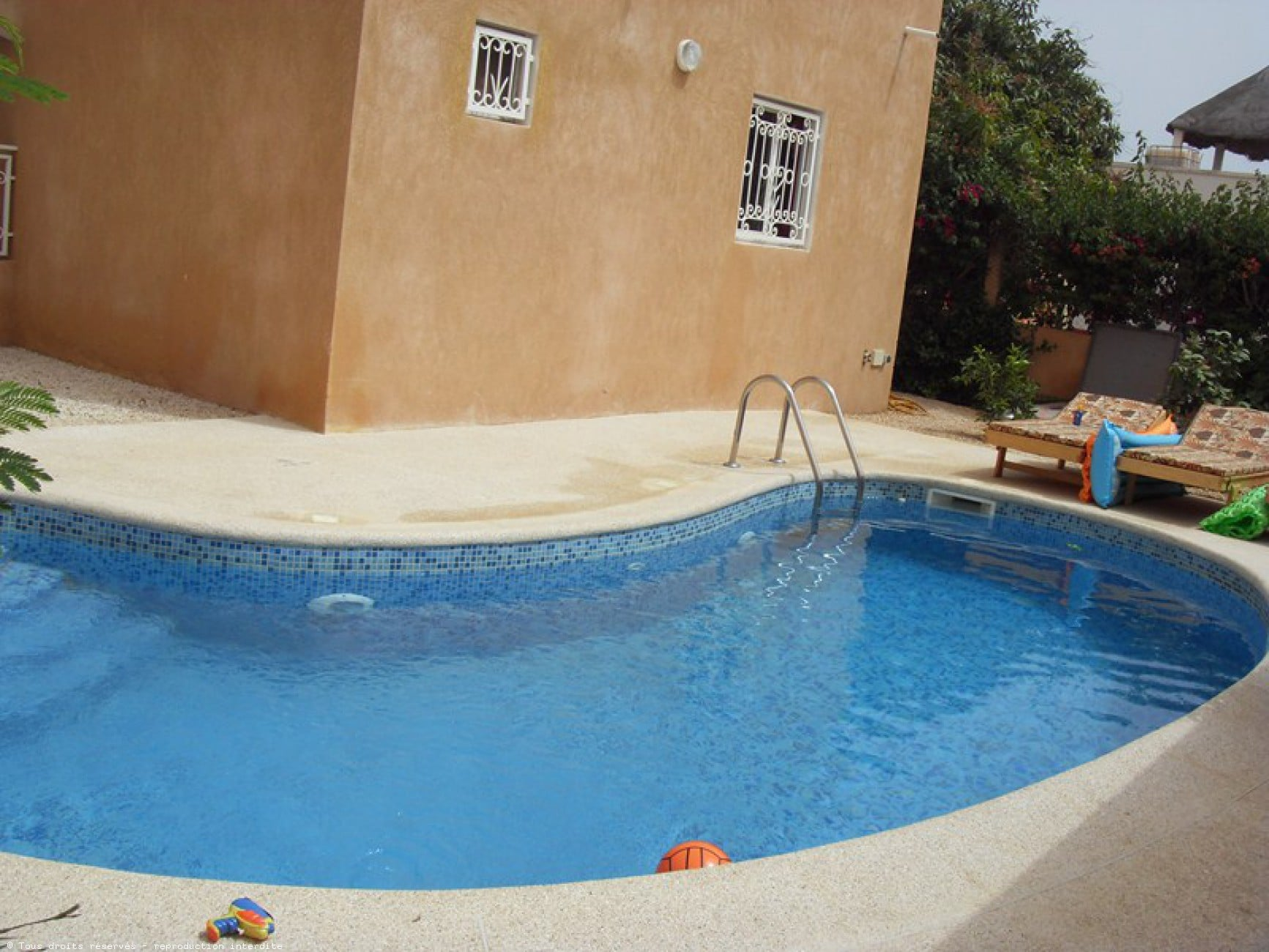 piscine linterieur de maison