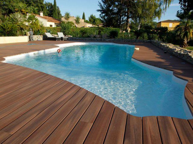 Le choix du rev tement pour une piscine blog decoration - Revetement ideal pourtour de piscine ...
