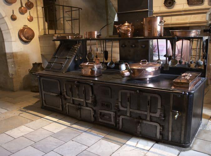 Une Déco De Cuivre Pour La Cuisine Blog Decoration Maison - Ustensile de cuisine professionnel pour particulier pour idees de deco de cuisine