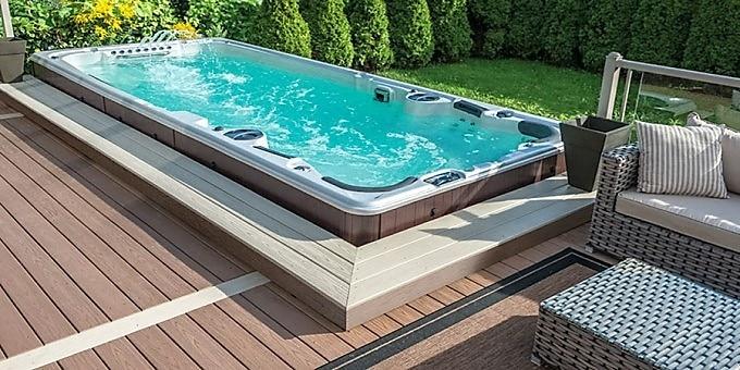 spa de nage exterieur